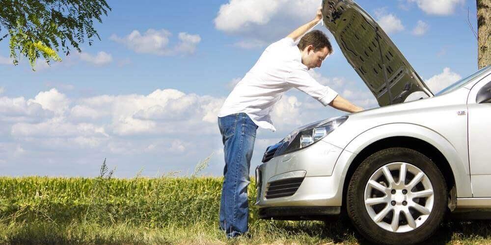 Riscos na recarga caseira da bateria de seu carro