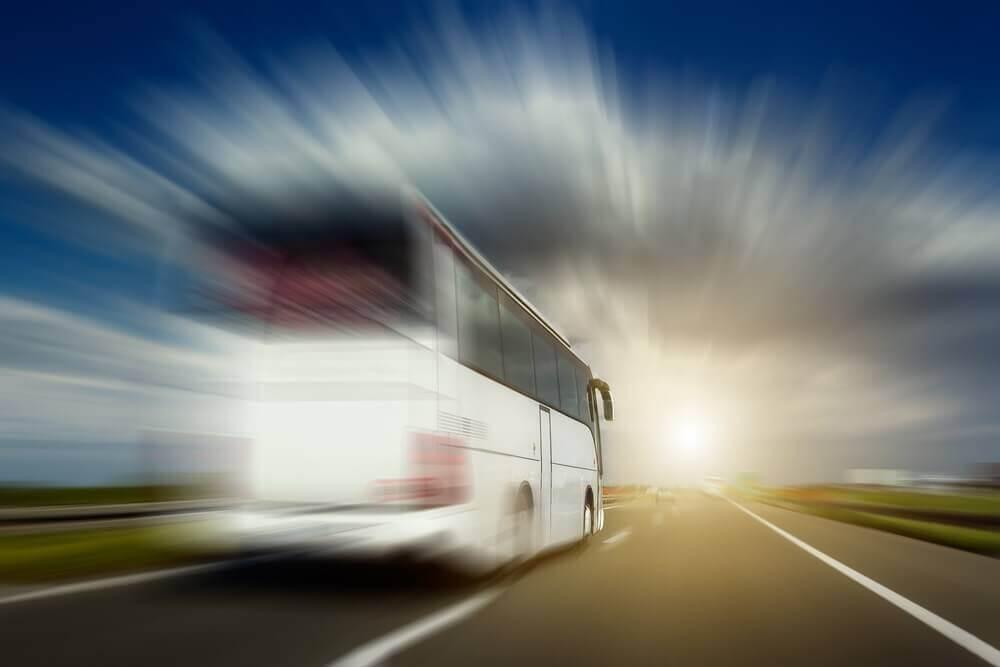 Ônibus e Caminhões precisam de baterias resistentes a vibrações