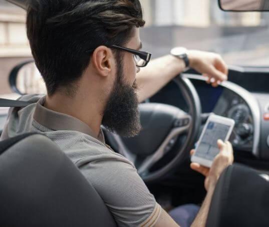 Já sabe como colocar wifi no carro?